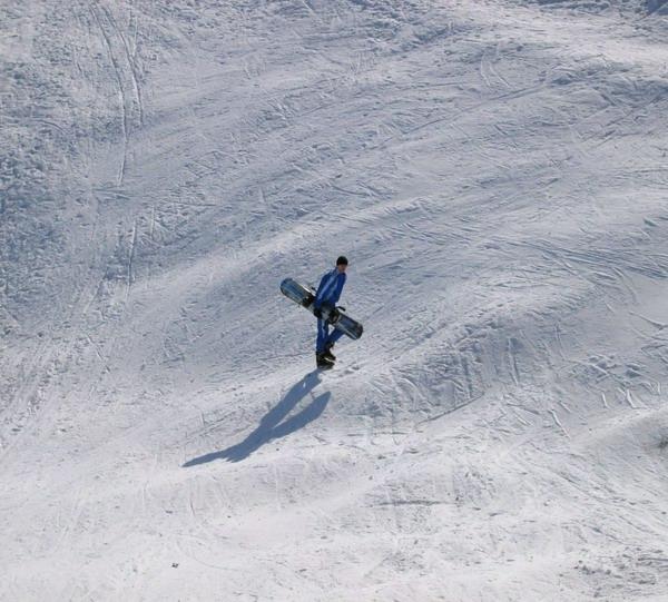 http://www.bezumnoe.ru/me/snowboarder.jpg